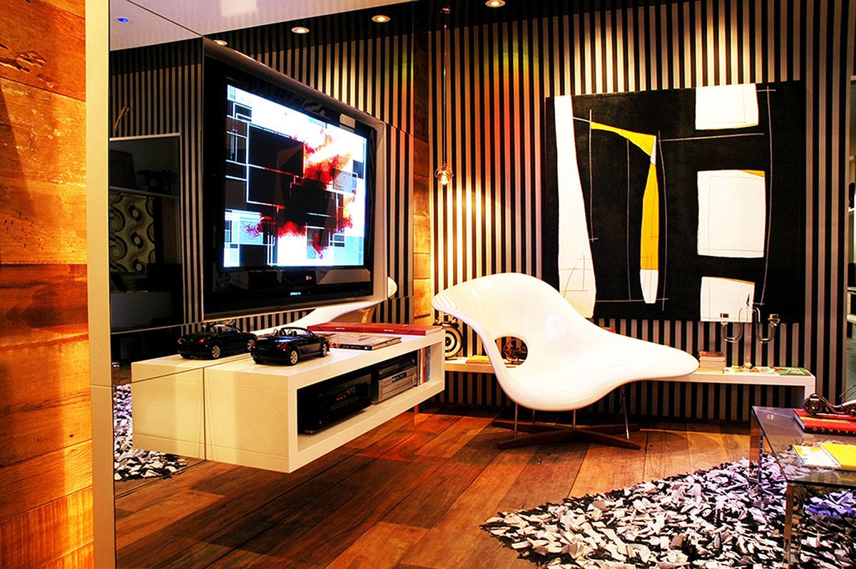 Obra Casa Nova 140 x 150 cm por Fabiana Langaro Loos em ambiente com assinatura do escritório CASAdesign Interiores na Mostra Casa Nova em Balneário Camboriú